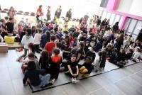 Cent enfants de Saint-Romain-Lachalm, Riotord, Dunières et Montfaucon brûlent les planches