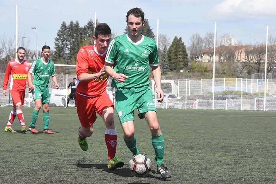 Foot : Monistrol-sur-Loire crée la sensation contre Blavozy en Coupe de la Haute-Loire