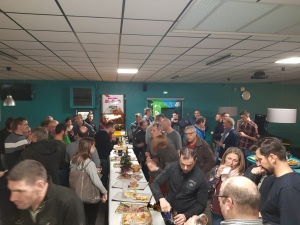 Saint-Pal-de-Mons : du bowling pour 60 collaborateurs d'Addiplast