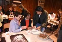 Un atelier cuisine autour de la confection de jiaozi, les raviolis pékinois, ouvrait la manifestation.