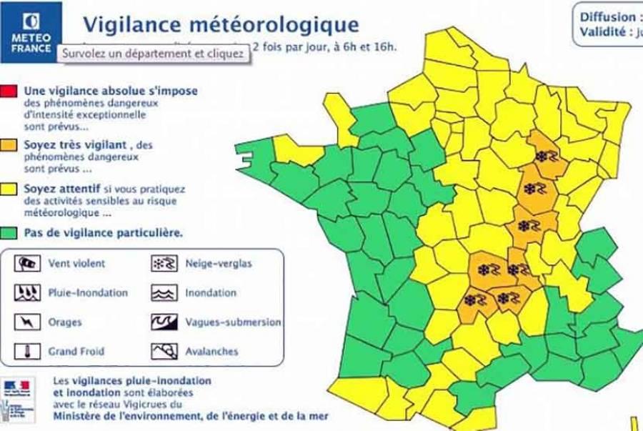 Neige et verglas : 27 départements en alerte