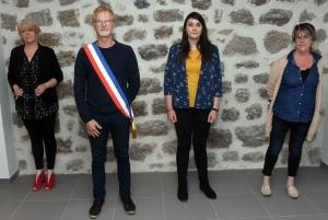 Chenereilles : Philippe Digonnet entouré de trois adjointes