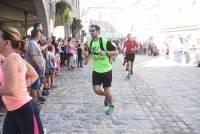 Saint-Didier-en-Velay : 800 participants battent le pavé pour le Secret de Camille