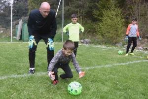 Chambon-sur-Lignon : un entraînement spécifique pour les gardiens de foot