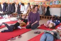 Montfaucon-en-Velay : le yoga pratiqué à l'école publique