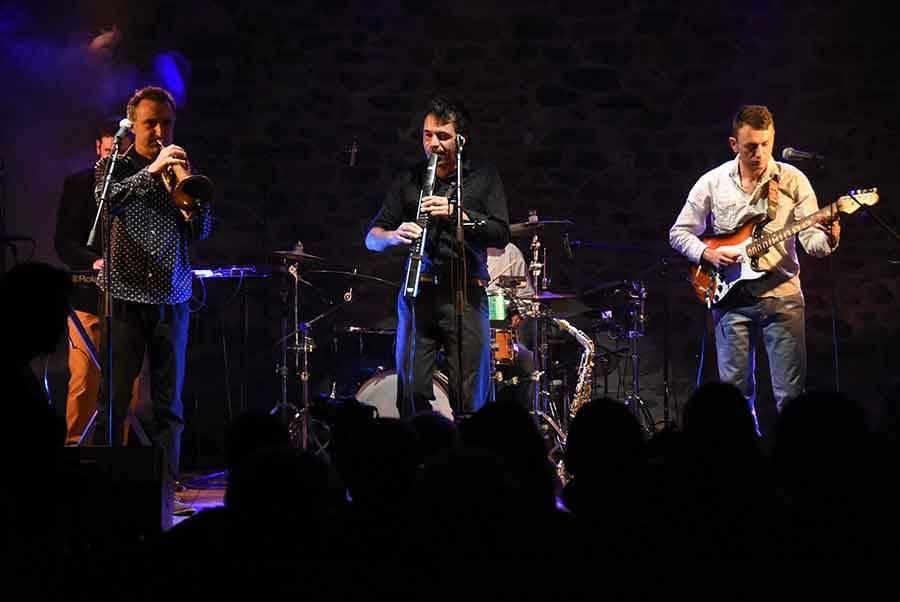 Festival sur Lignon : après une soirée extra pop, vive la chanson française samedi