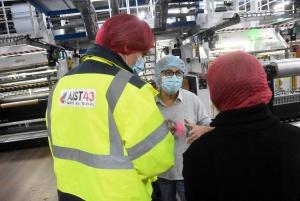 Au sein de l'entreprise Colly Martin à Sainte-Sigolène, une visite d'atelier a permis de mieux cerner les postes