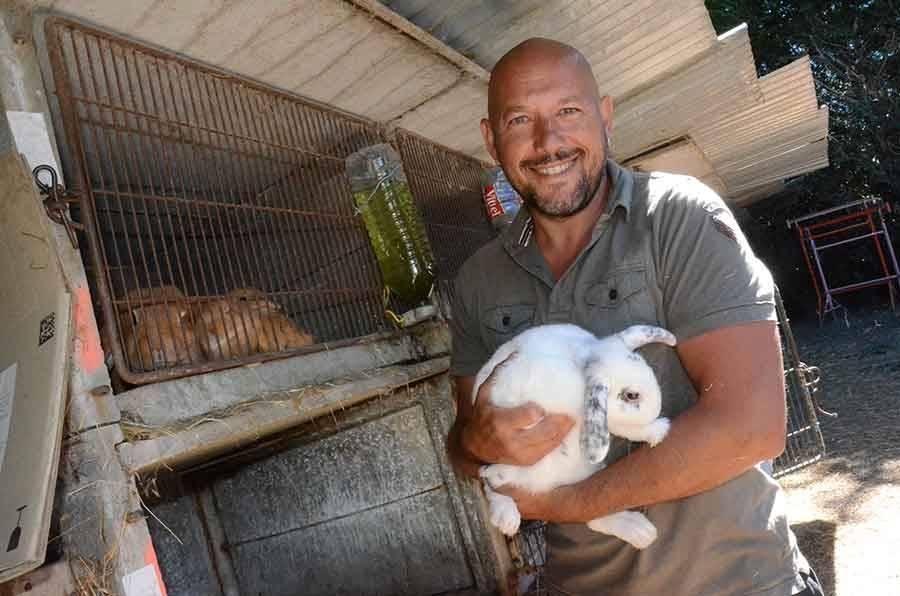 Ludovic Dimec élève déjà des lapins et rongeurs pour les animaleries.