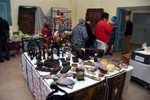 Monistrol-sur-Loire : une vente exceptionnelle d'artisanat du monde au Château des évêques