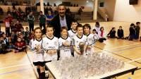 Mazet-Chambon : les jeunes footballeurs se mettent au futsal