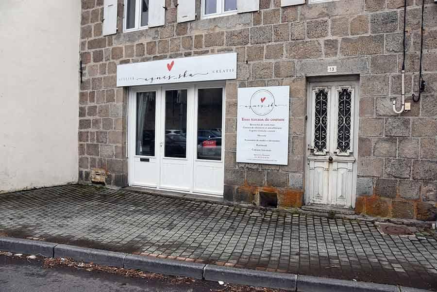 Le Chambon-sur-Lignon : une couturière a ouvert une boutique