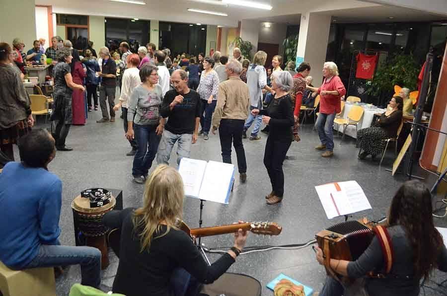 Le Chambon-sur-Lignon : une soirée intergénérationnelle à la croisée des cultures porteuse d'espoir