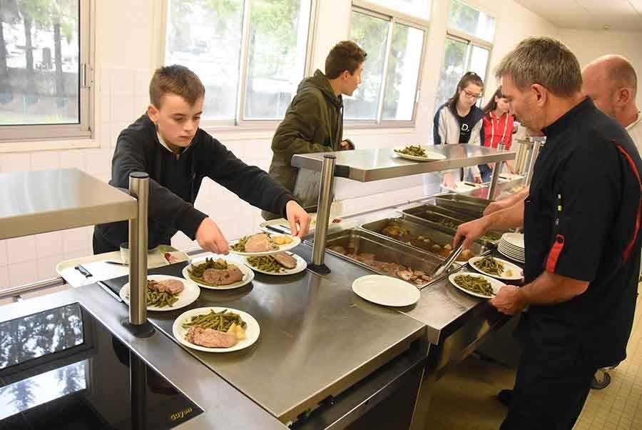 Le Chambon-sur-Lignon : on mange bio et bon au collège du Lignon