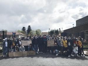 Yssingeaux : cinquième jour de blocus pour les lycéens