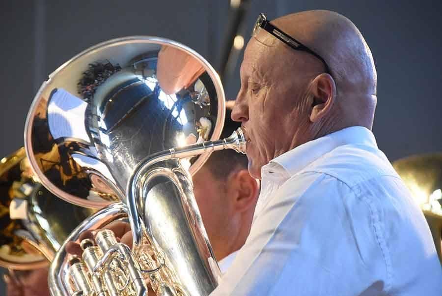 Sainte-Sigolène : le concert de l'harmonie rendra hommage à Johnny Hallyday et Charles Aznavour