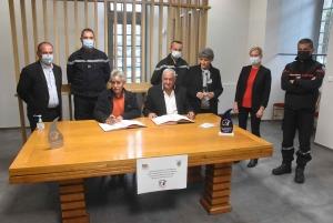 Yssingeaux : trois conventions signées entre la mairie et les pompiers