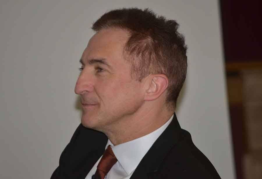 Pierre Astor.