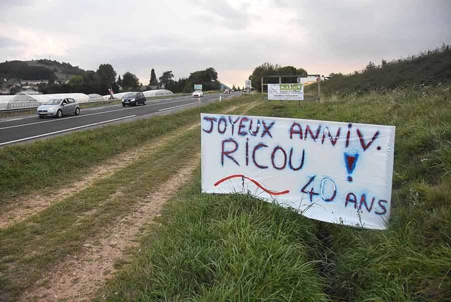 Yssingeaux : une carte d'anniversaire au bord de la RN88