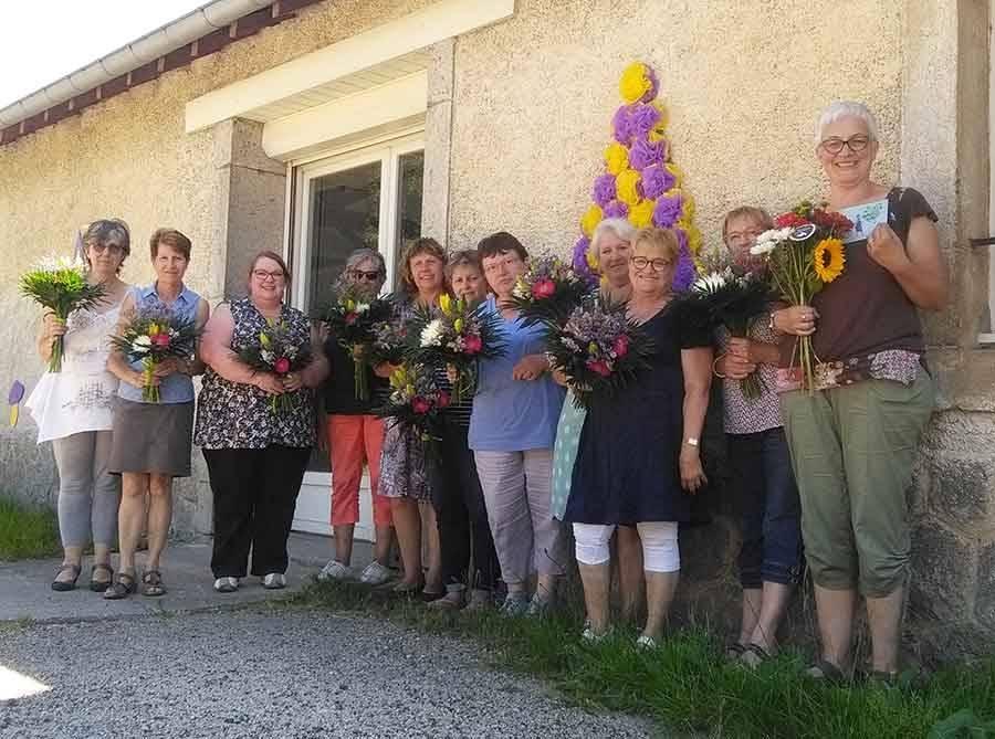 Tence : le dernier cours d'at floral réunit douze stagiaires