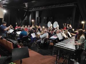 Saint-Just-Malmont : Velay Synergie en stage d'hiver au Cercle