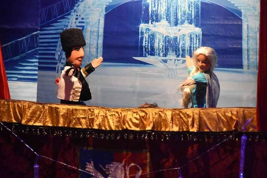 Retournac : les enfants au frais avec Guignol et la Reine des neiges