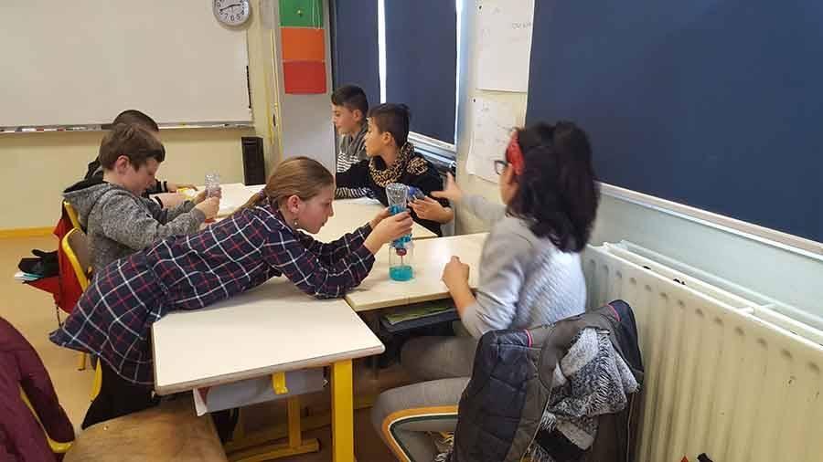 Tence : les écoliers découvrent la science