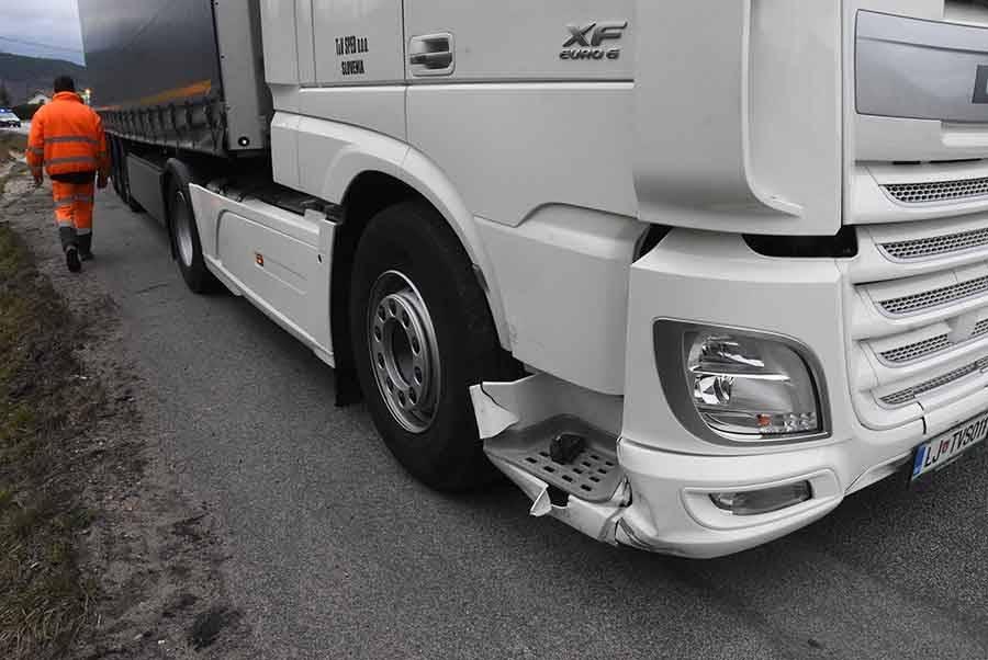 Une voiture percute un camion entre Bas-en-Basset et Monistrol-sur-Loire