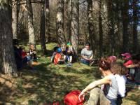 Araules : une promenade ponctuée de lectures sous l'arbre