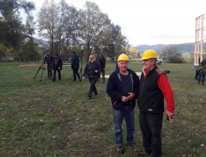 Saint-Vincent : une émission de télé a construit une cabane insolite aux Etangs du bord de Loire