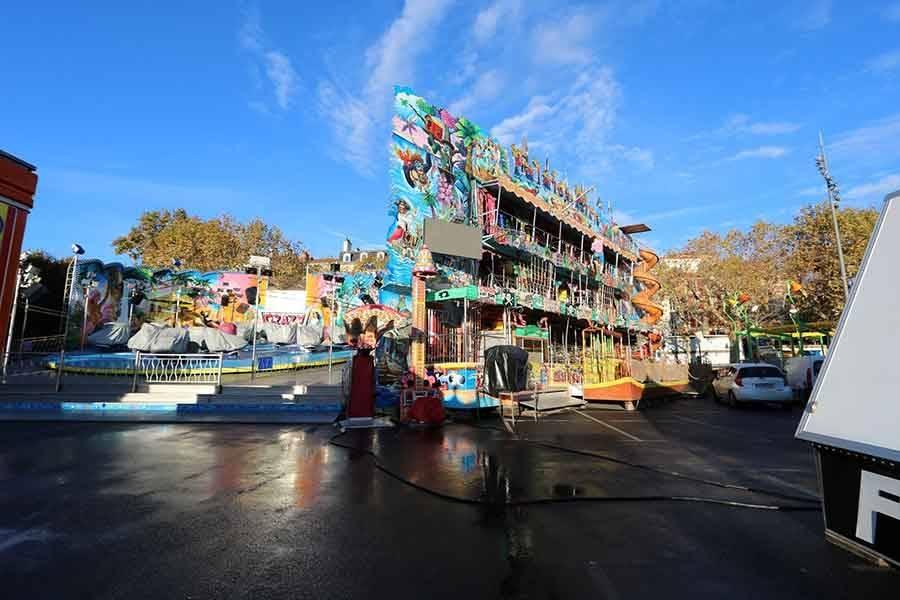 La fête foraine s'installe sur la place du Breuil au Puy-en-Velay pour un mois