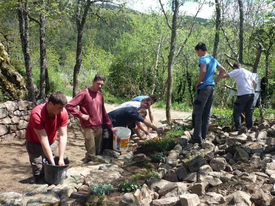 Yssingeaux : un chantier à Chaspinhac pour les lycéens de George-Sand