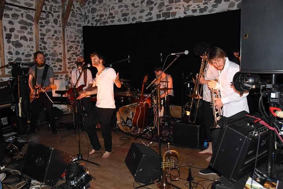 Rosières : Barrio Populo met la poésie en musique à la Grange des Vachers