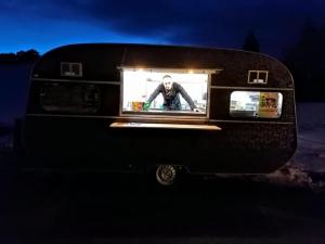 Cussac-sur-Loire : l'Atypique, un food truck spécialisé dans les burgers