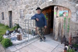 Saint-Julien d'Intres : le Petit Musée à la campagne vous ouvre sa malle aux trésors