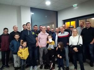 Saint-Romain-Lachalm : les 4 Roumi's remettent 1 200 euros aux Ailes pour Elouan