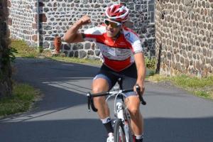 Cyclisme : le fabuleux cavalier seul d'Axel Bruget à Cayres