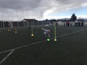 Football en CP à l'école Notre Dame-du-château à Monistrol-sur-Loire